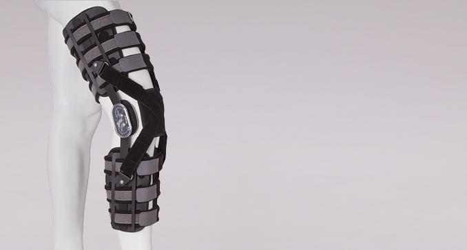 ERH 43/1 Open modular knee apparatus with canopy